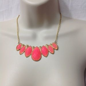 Jewelry - Gold/coral teardrop necklace